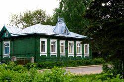 Здание краеведческого музея в посёлке Максатиха