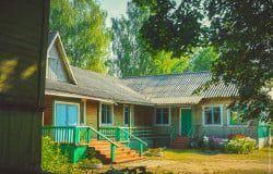 Здание Сидорковской основной общеобразовательной школы Максатихинского района