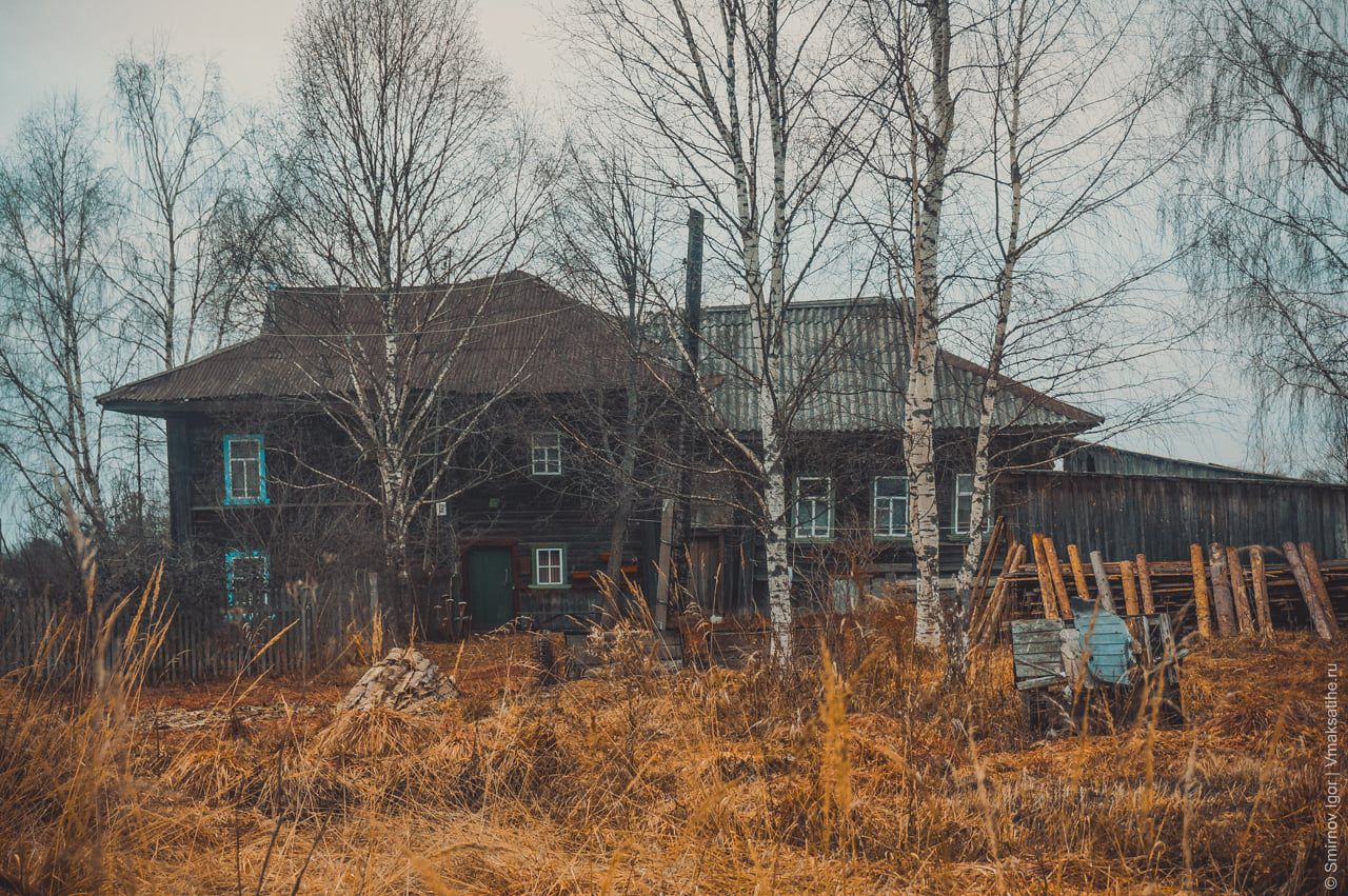 Жилой двухэтажный дом в деревне Трестна Максатихинского района