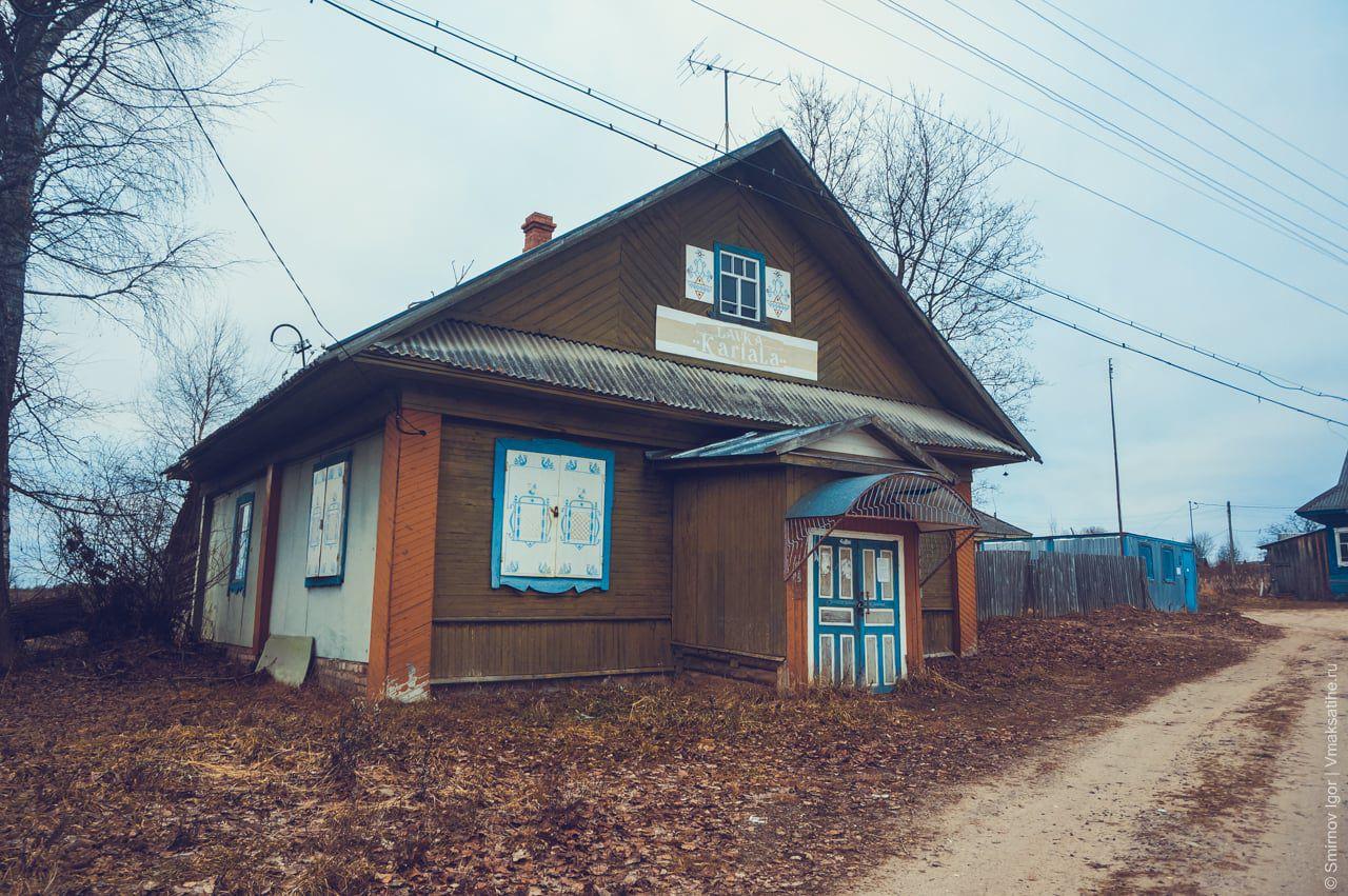 Здание магазина в селе Трестна