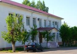 Здание администрации Максатихинского района Тверской области